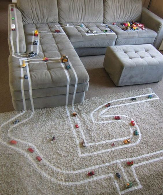 Игри в дъждовно време – Домашна писта за коли